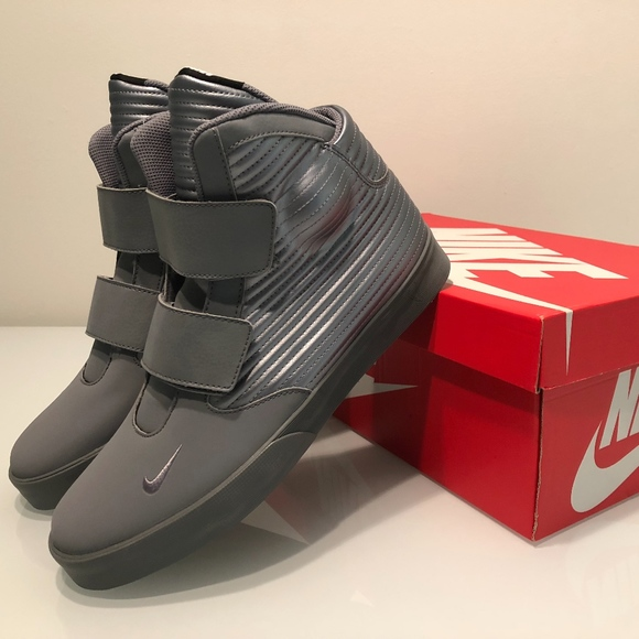 6afef90ab8 New Nike Flystepper 2K3 Men s Grey Size 10.5